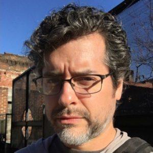 Victor Agreda on Background Mode