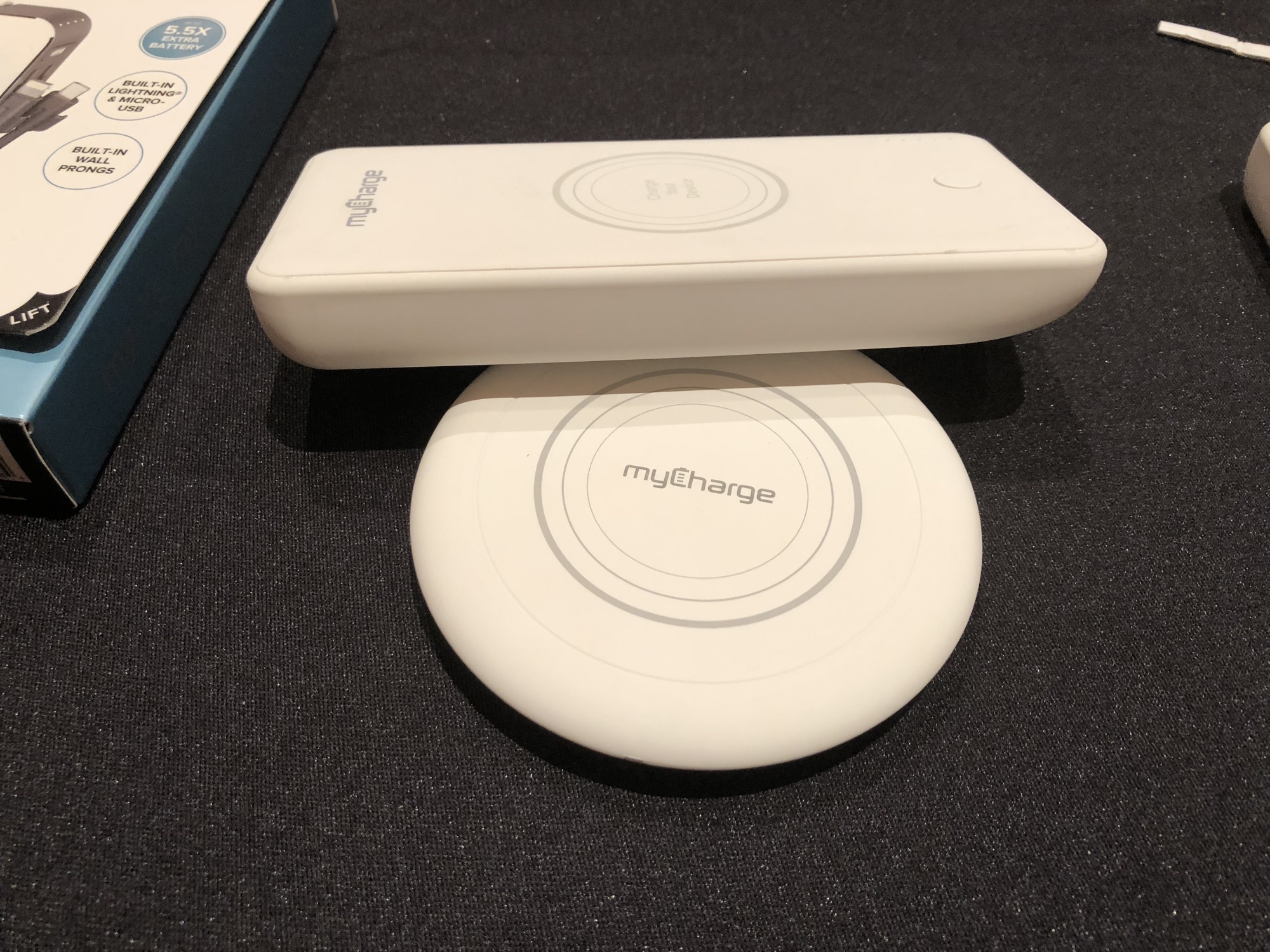 CES – MyCharge Battery Pack With Passthrough Qi Charging