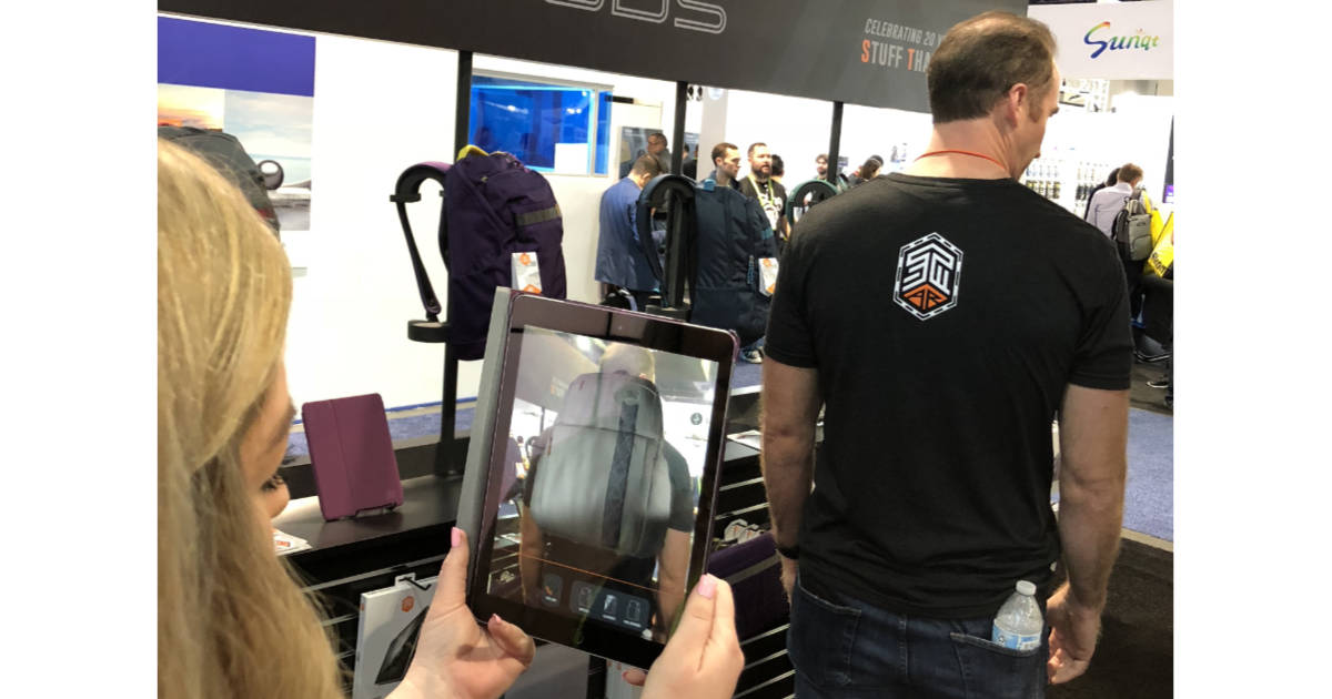 CES – STM Uses AR to Show Off Bags Before You Buy