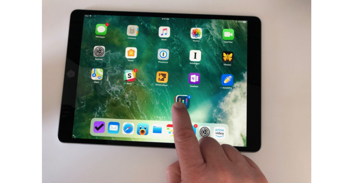 Select and move multiple apps on iPhone and iPad