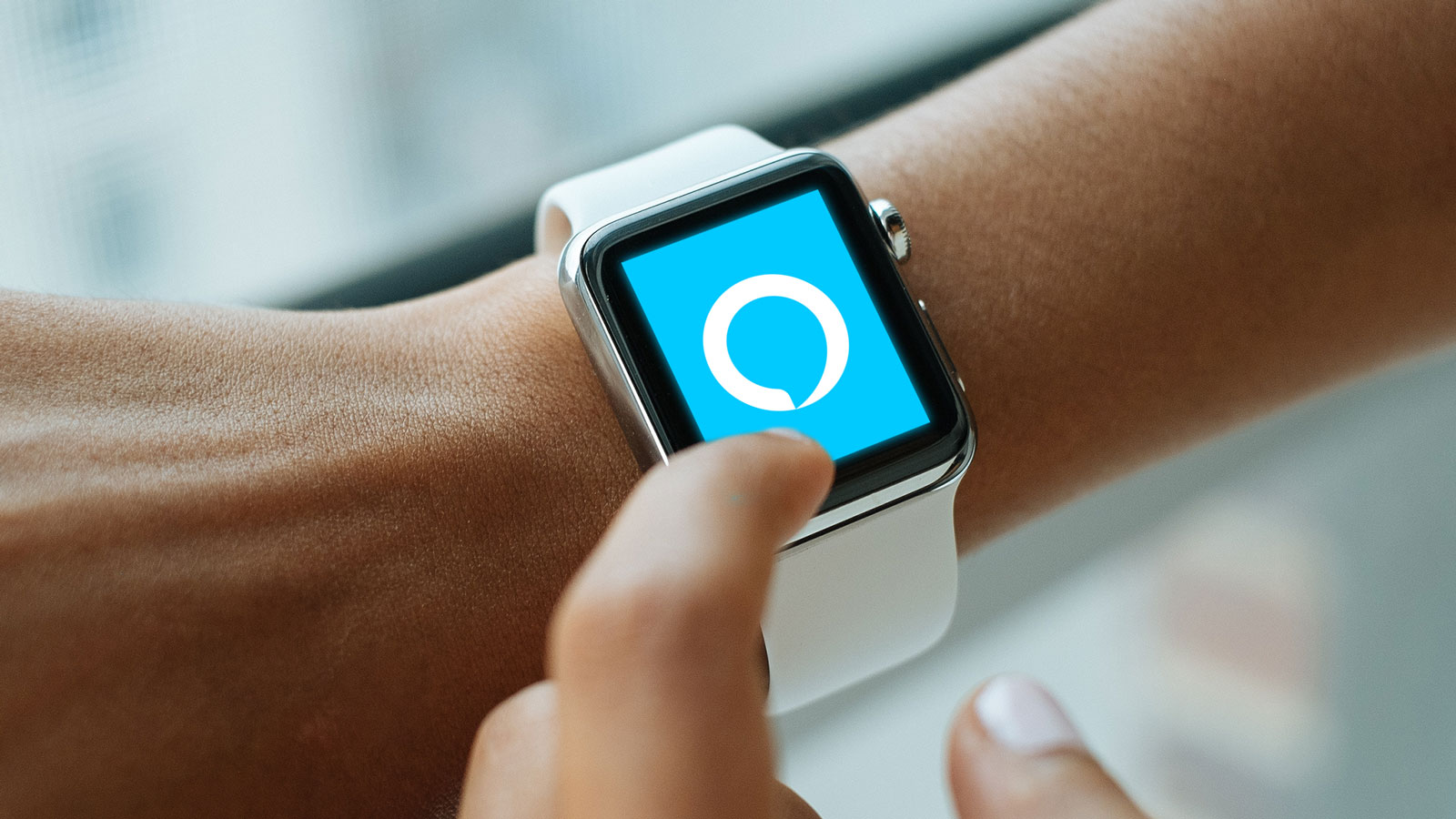This $2 App Brings Amazon Alexa to Your Apple Watch…Sort Of