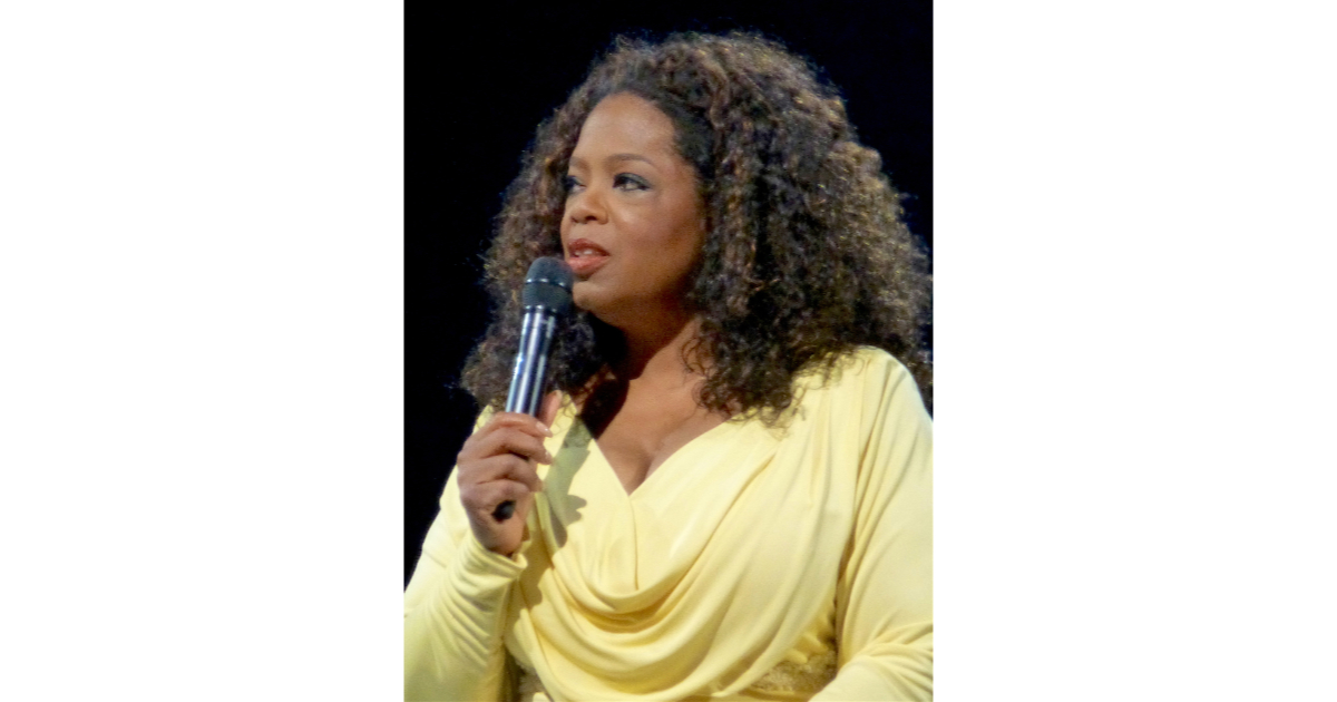 Oprah Winfrey producing original shows for Apple