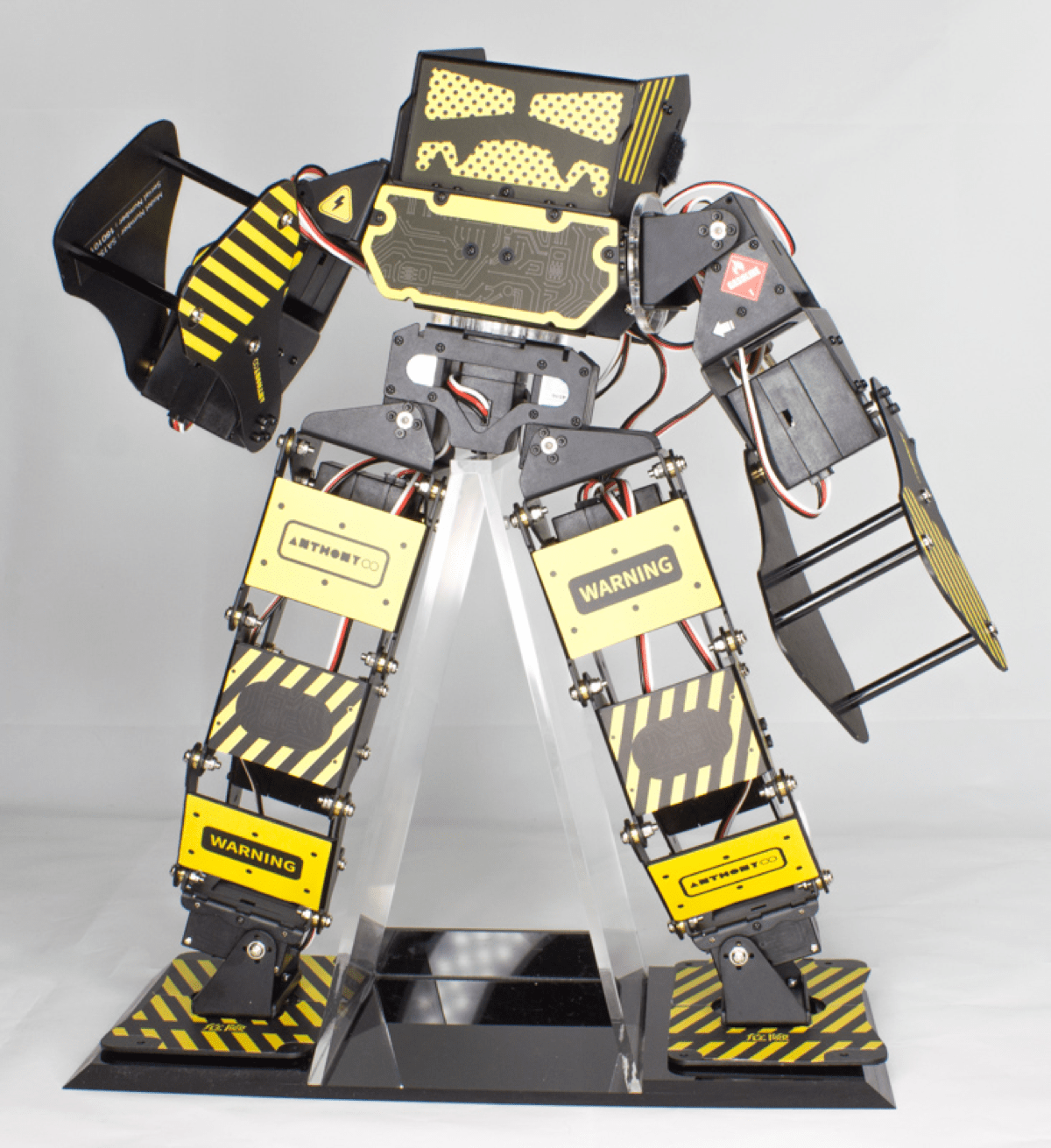 A Fighting Robot Called Super Anthony is on Kickstarter