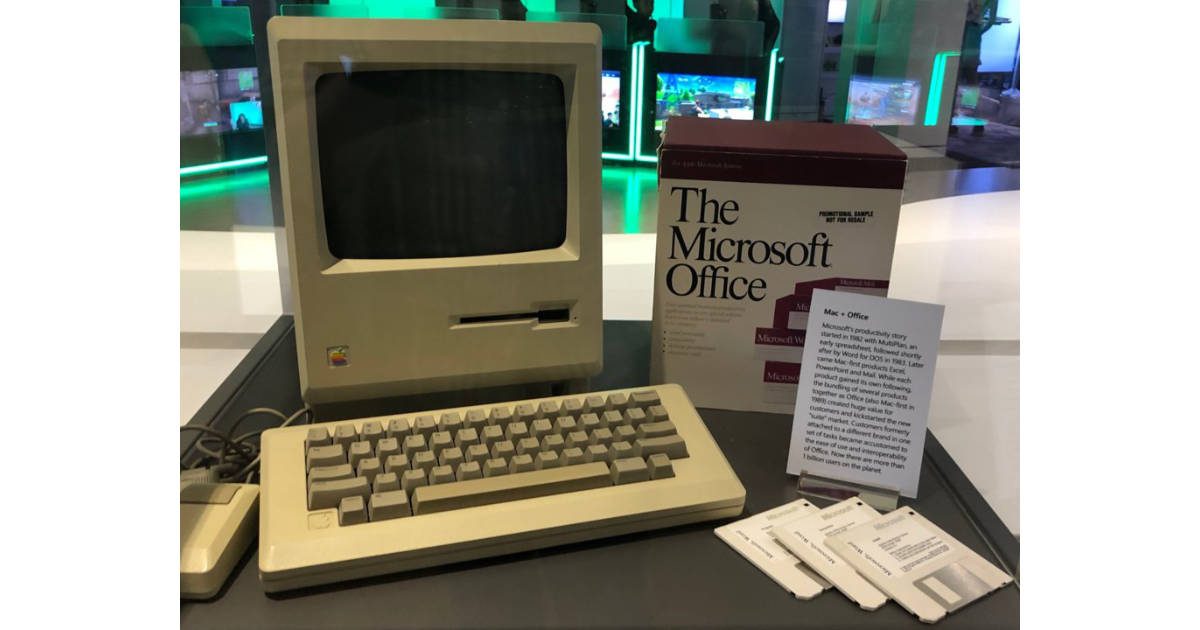 There's an Original Mac on Display at Microsoft's Headquarters