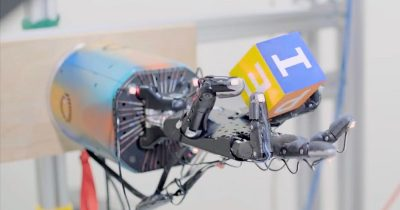 OpenAI robot hand