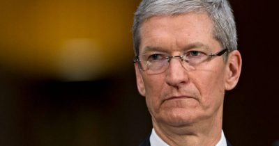 Tim Cook angry about Donal Trump import tariffs