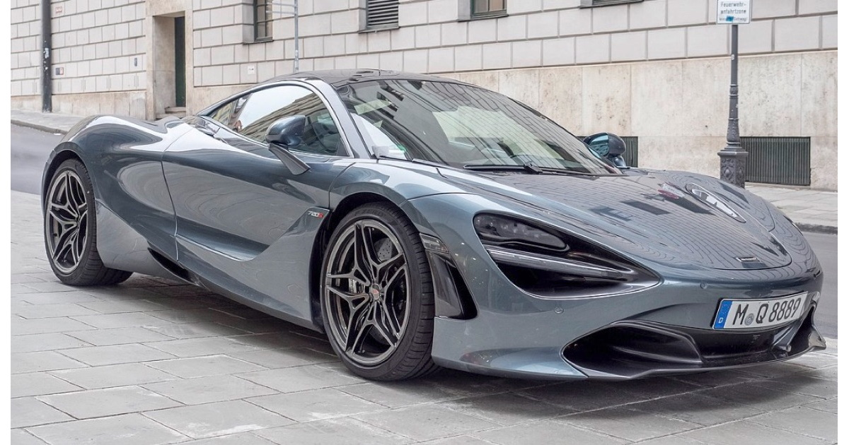 McLaren 720s. Which of the Programming Languages does it compare to?