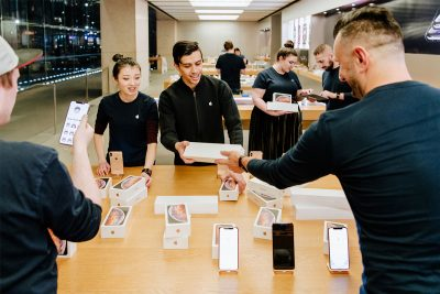Apple Store employees in Sydney prepping for iPhone XS release day (courtesy of Apple)