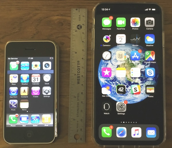 iPhone 2007 (left), iPhone XS Max 2018 (right)