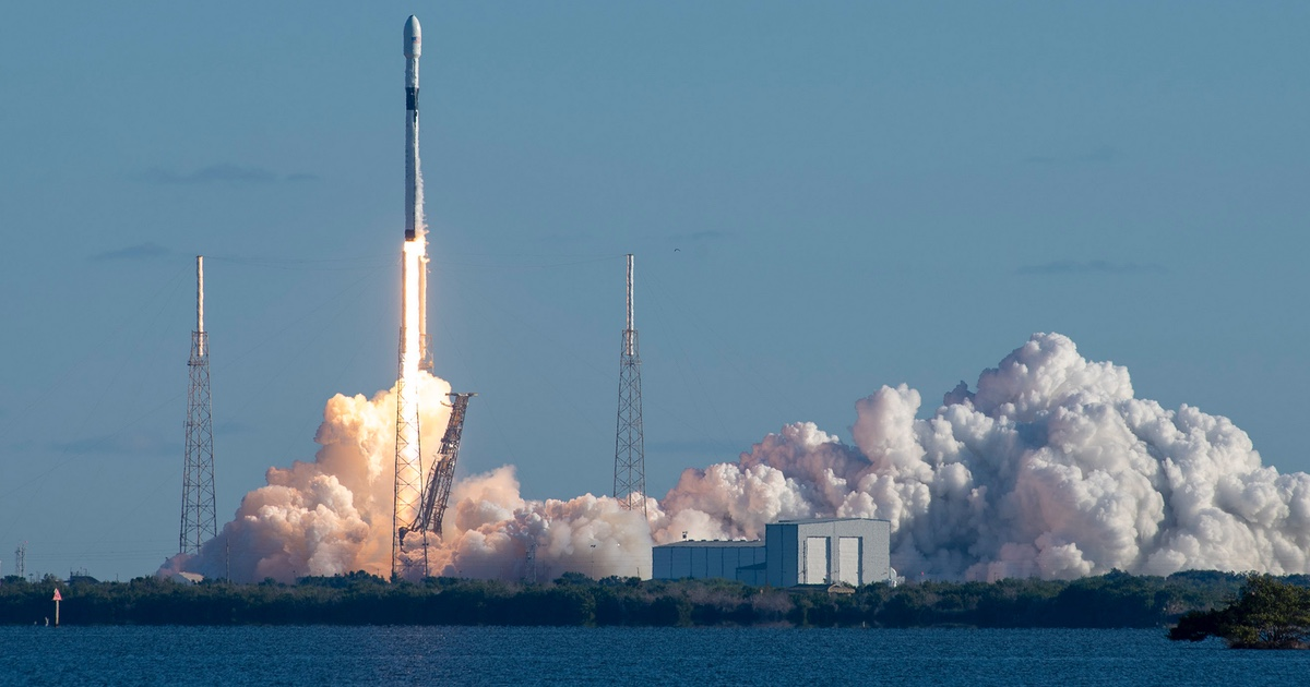 SpaceX Postpones Starlink Due to High Winds