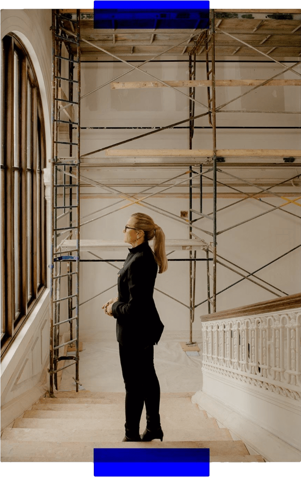 image of angela ahrendts in a new apple retail store