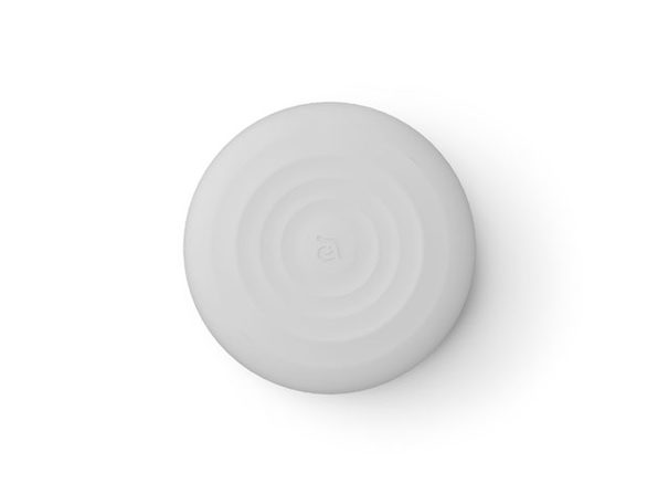 Omnia Q Wireless Charger: $25.49