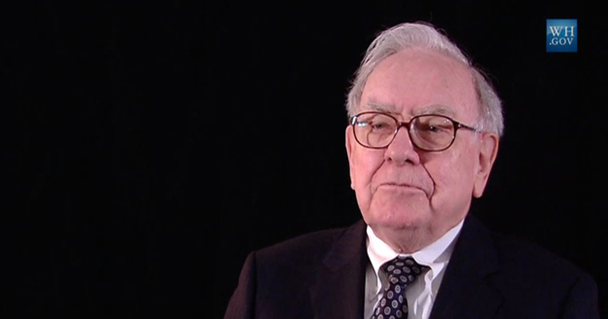 Warren Buffett Pleased With Apple's Earning Report