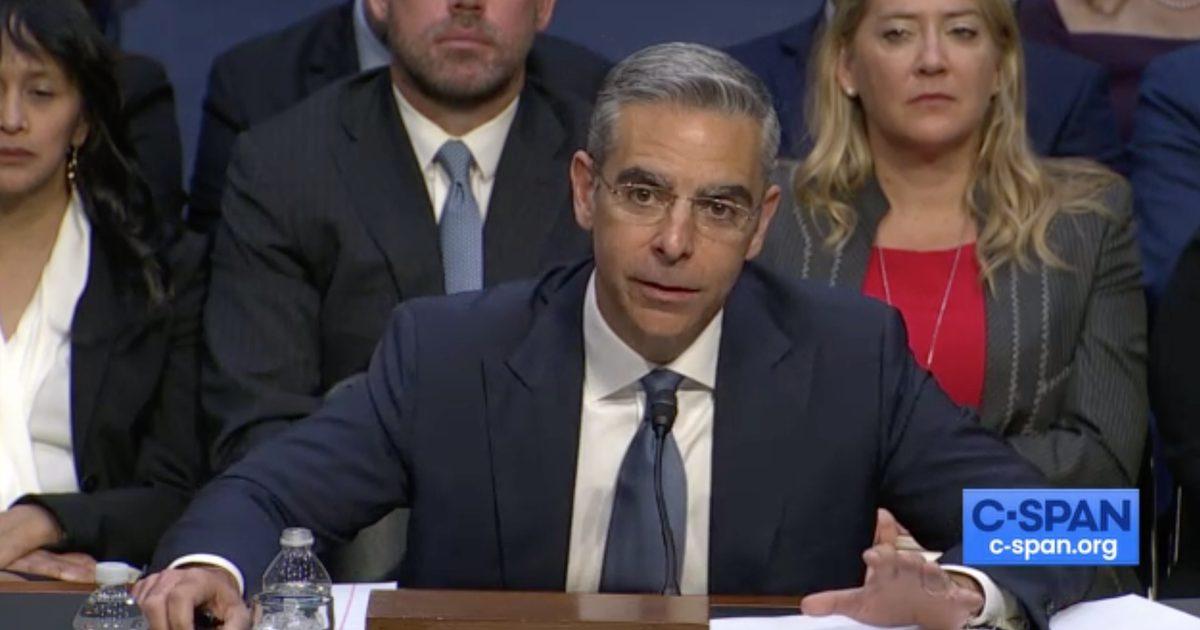 Facebook Libra Co-Founder Faces Senate Hearing
