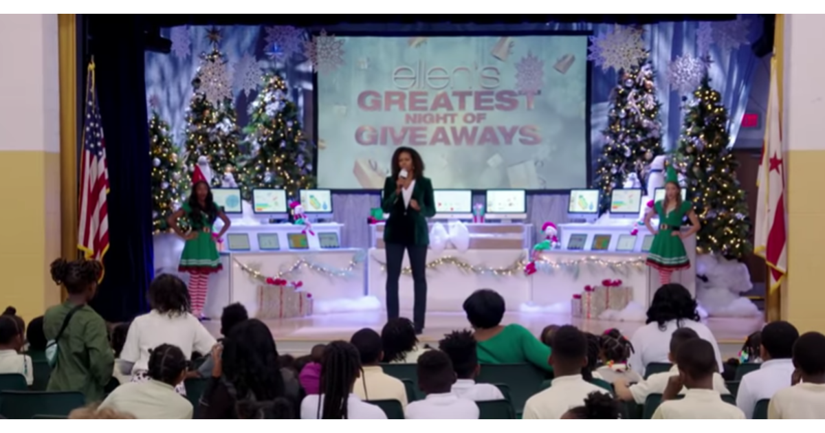 Ellen and Michelle Obama iPad giveaway