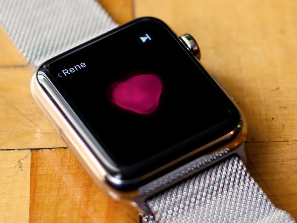 How an Apple Watch Could Help Track COVID-19
