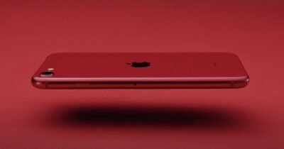 Red iphone se 2020