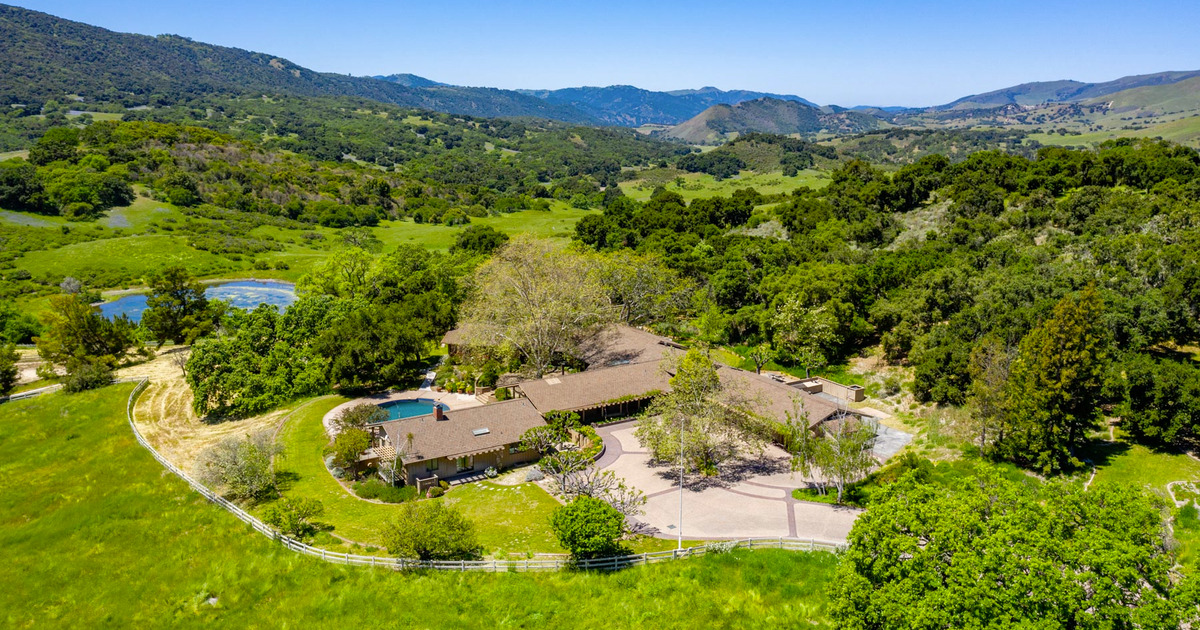 You Can Buy This Former Apple CEO's Home… For $37.5 Million