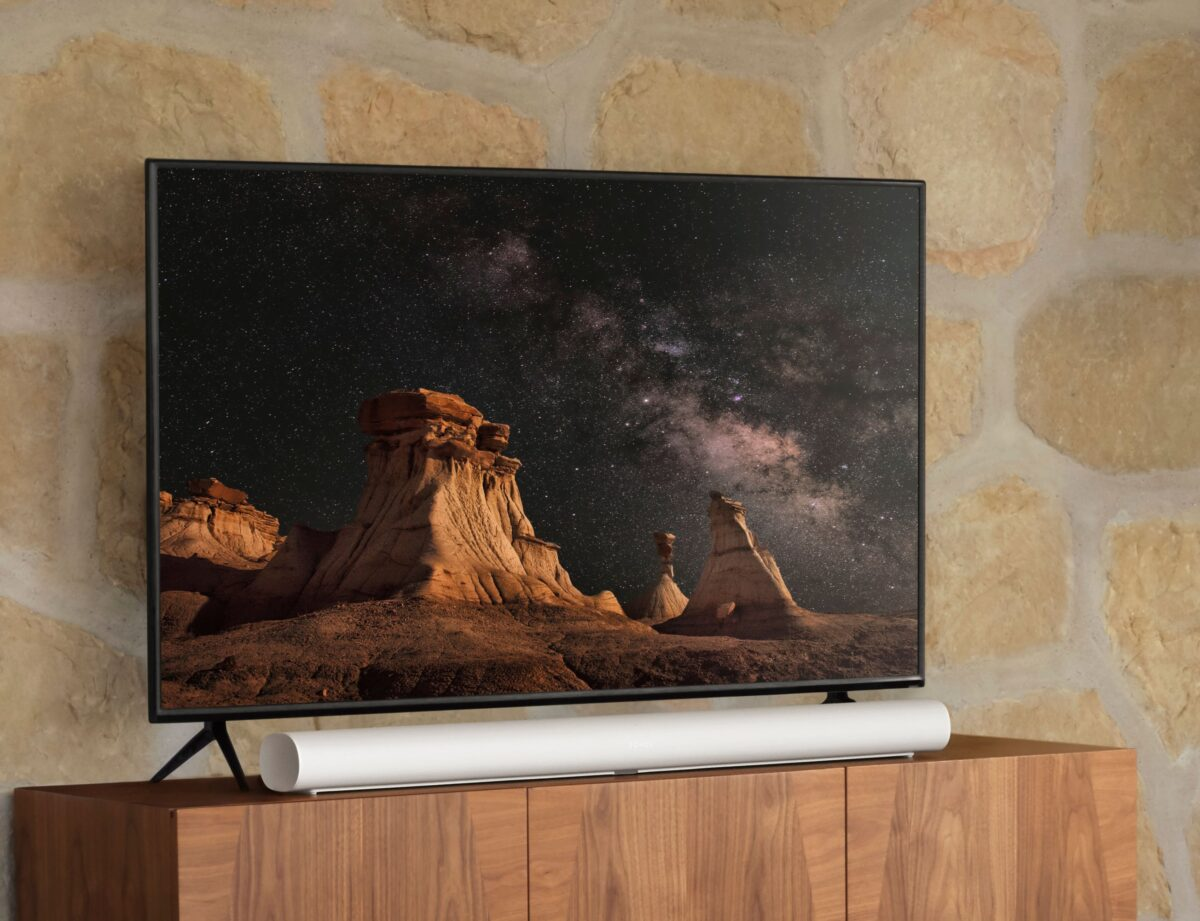 Sonos Arc Soundbar Dolby Atmos on Stand with TV