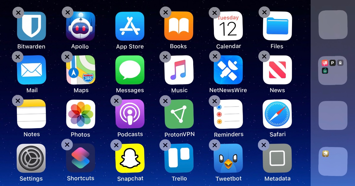 Uninstall iPhone apps
