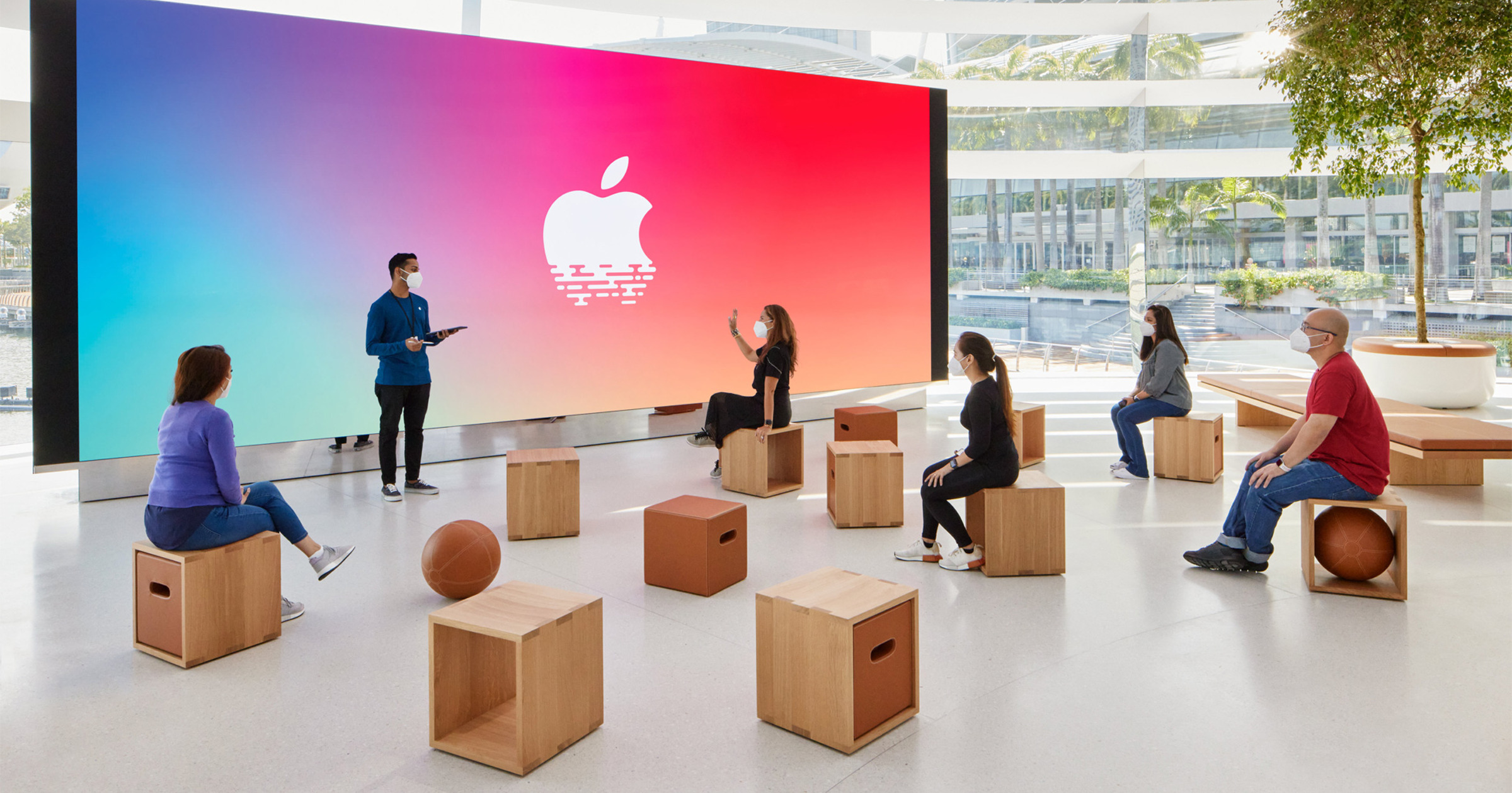 Apple Marina Bay Sands forum