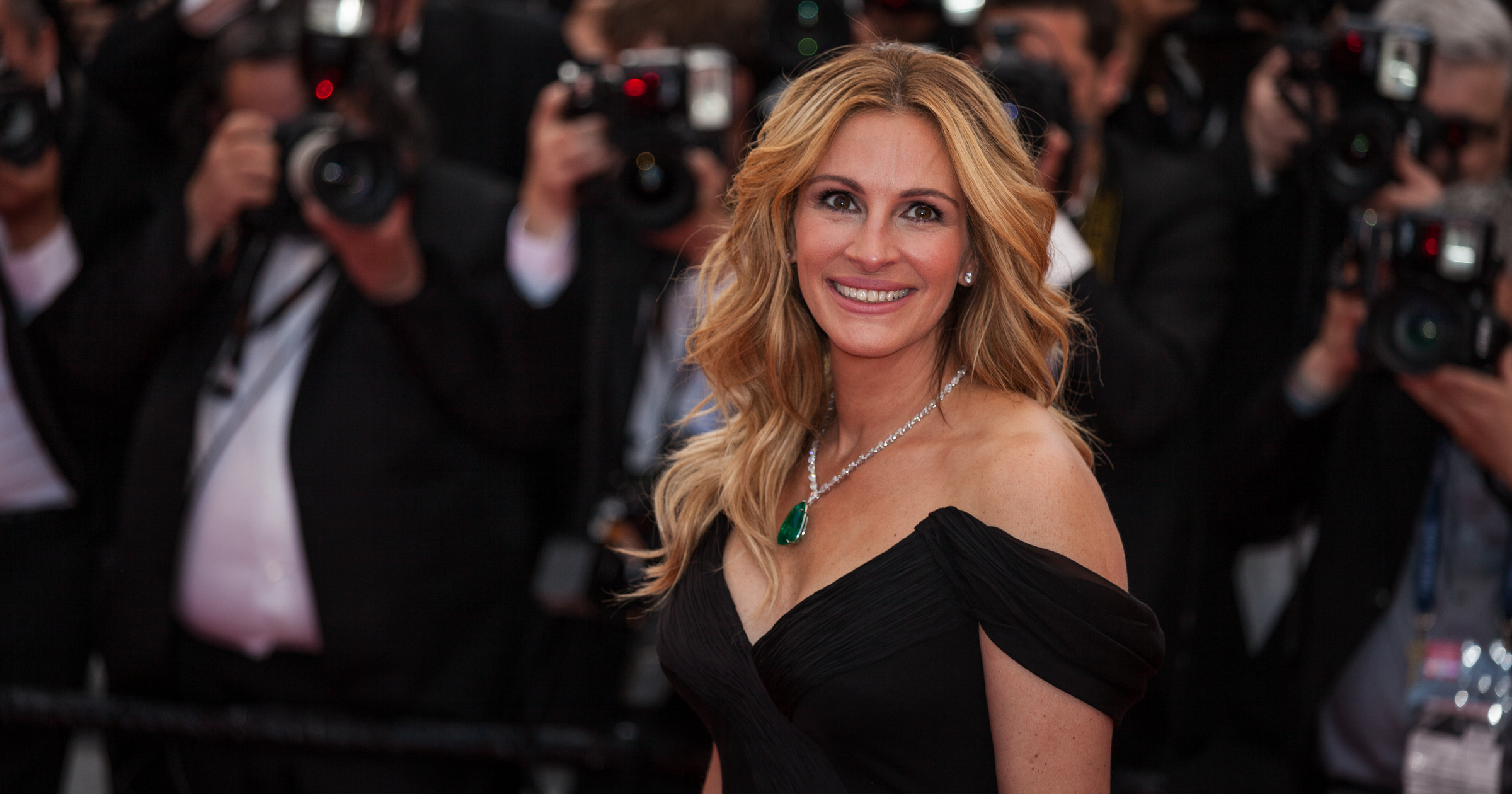 Julia Roberts at film premiere in Cannes