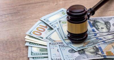 Judge gavel lawsuit cash