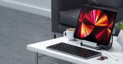 Satechi iPad Pro stand + hub