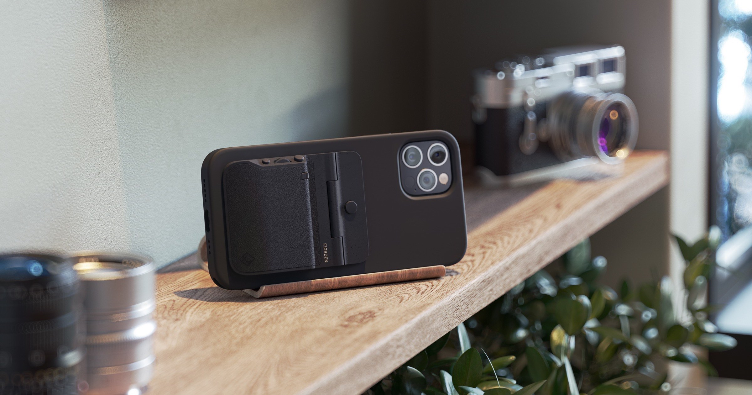 Fjorden iPhone Camera Grip Launches on Kickstarter