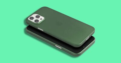 Green iPhone 12 Pro case from totallee