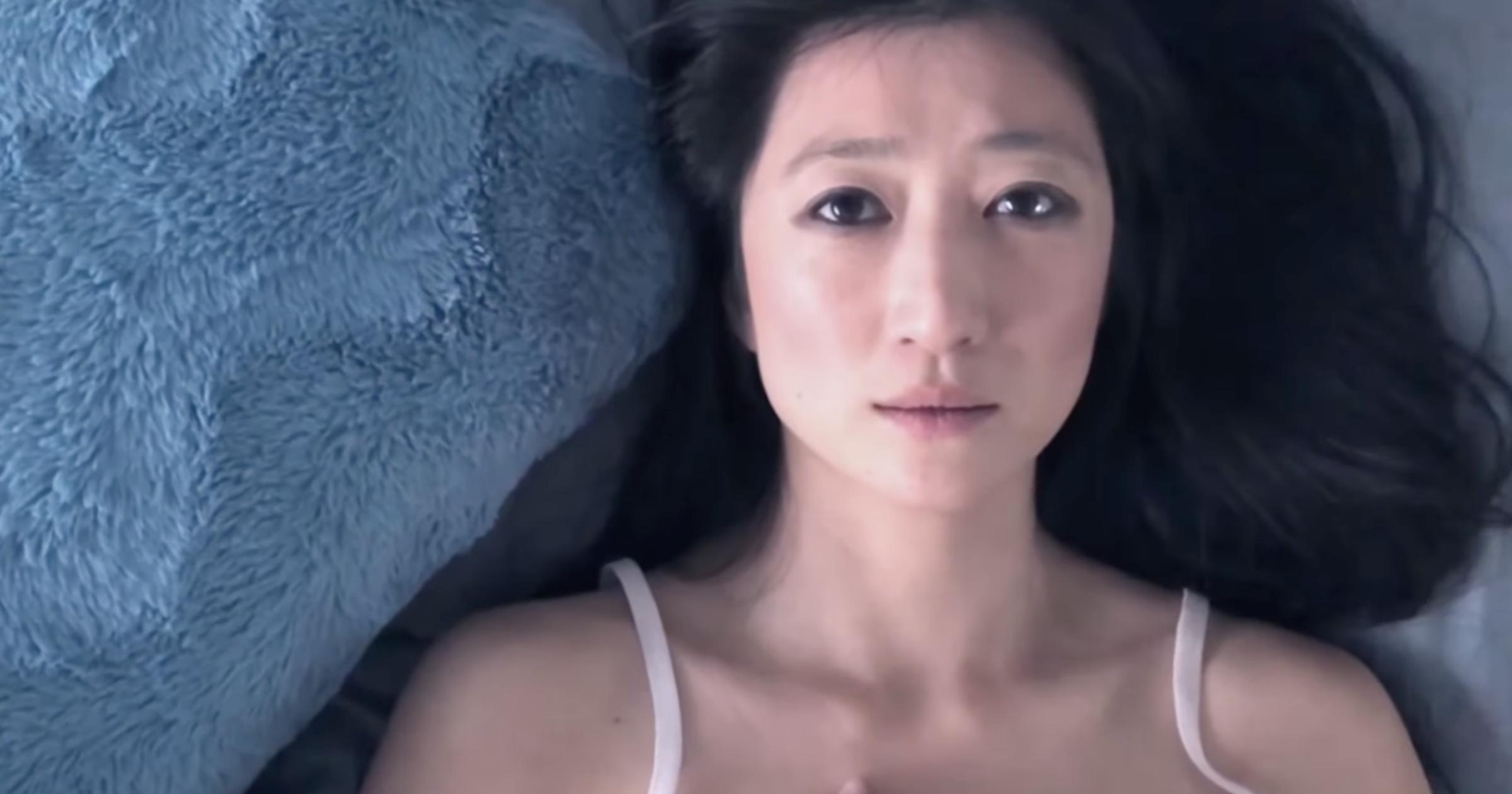 Jennifer Zhang iPhone 8 Plus lockdown film