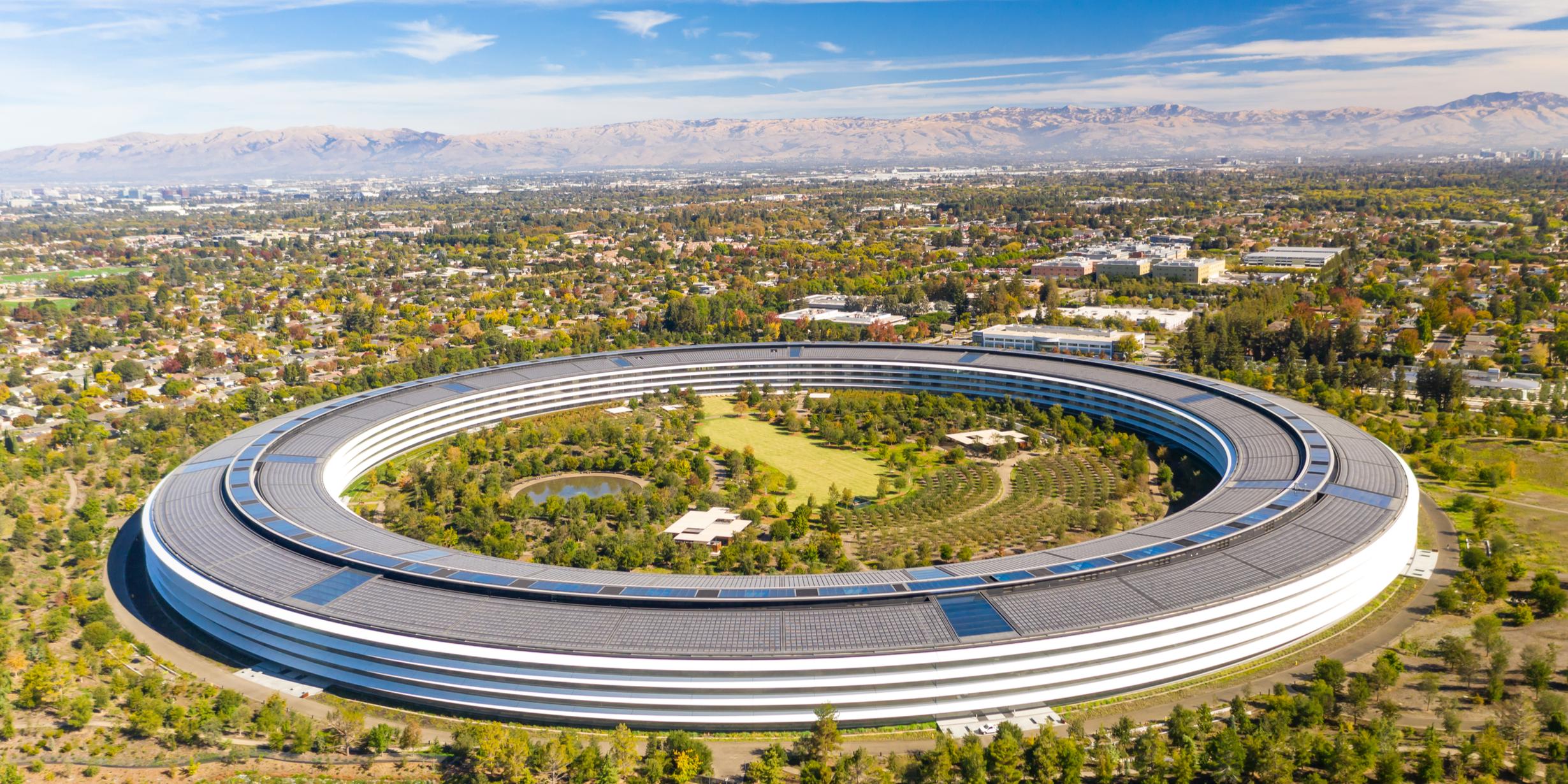 Apple's Mass Turnover in iCloud, Health, AI Teams