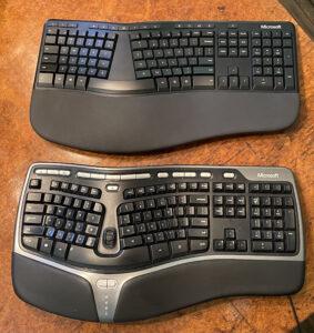 The new Microsoft Ergonomic Keyboard (top) and my beloved Microsoft Natural Ergonomic Keyboard 4000 (bottom).
