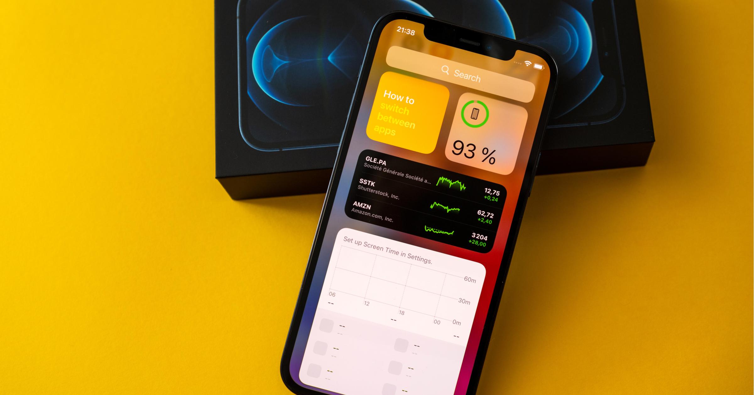 iPhone OLED Display