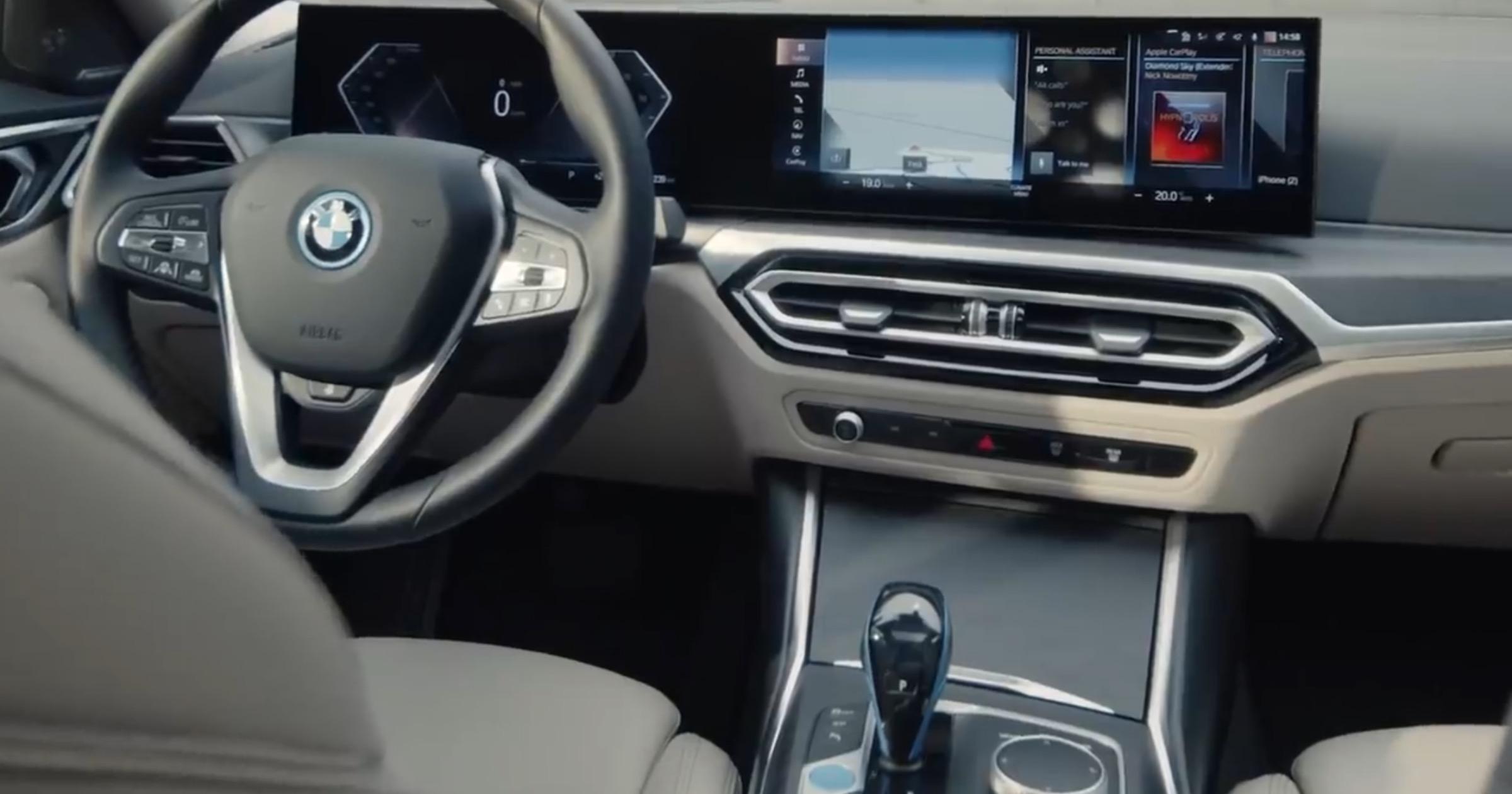 BMW i4 CarPlay