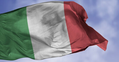 Italy Calls iCloud Terms and Conditions Illegal